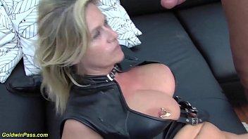 Порно видео худжес секса проглядывать онлайн на 1порно