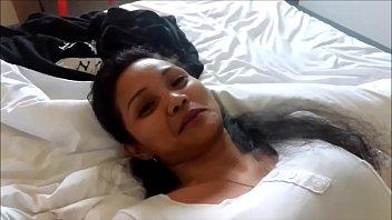 Милфа слизала член и оседлала его вагиной